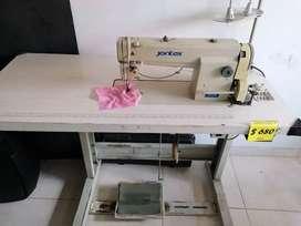 Maquina de coser industrial marca JONTEX