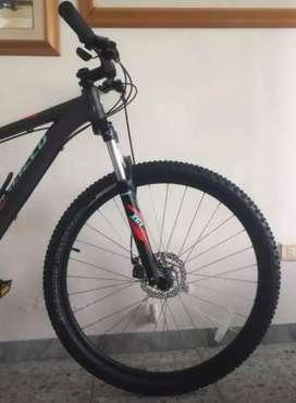 Bicicleta Specialized Rockhopper. Solo WhatsApp