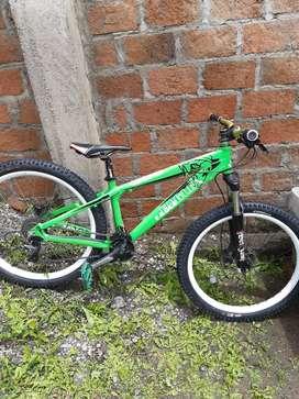 Bicicleta eagle 888 para dowhill