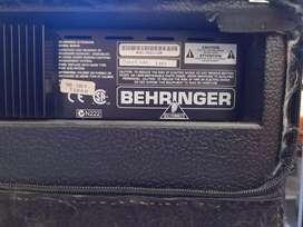 Amplificador de bajo Behringer 60 W