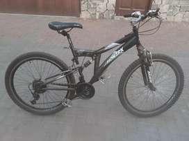 Vendo bicicleta Monark Original con piezas Shimano Nuevas