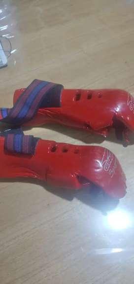 Vendo guantes y botas