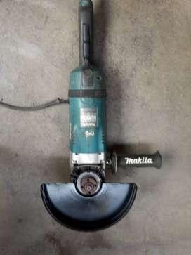 Esmeril Amoladora Makita Ga9040s 9 2600w