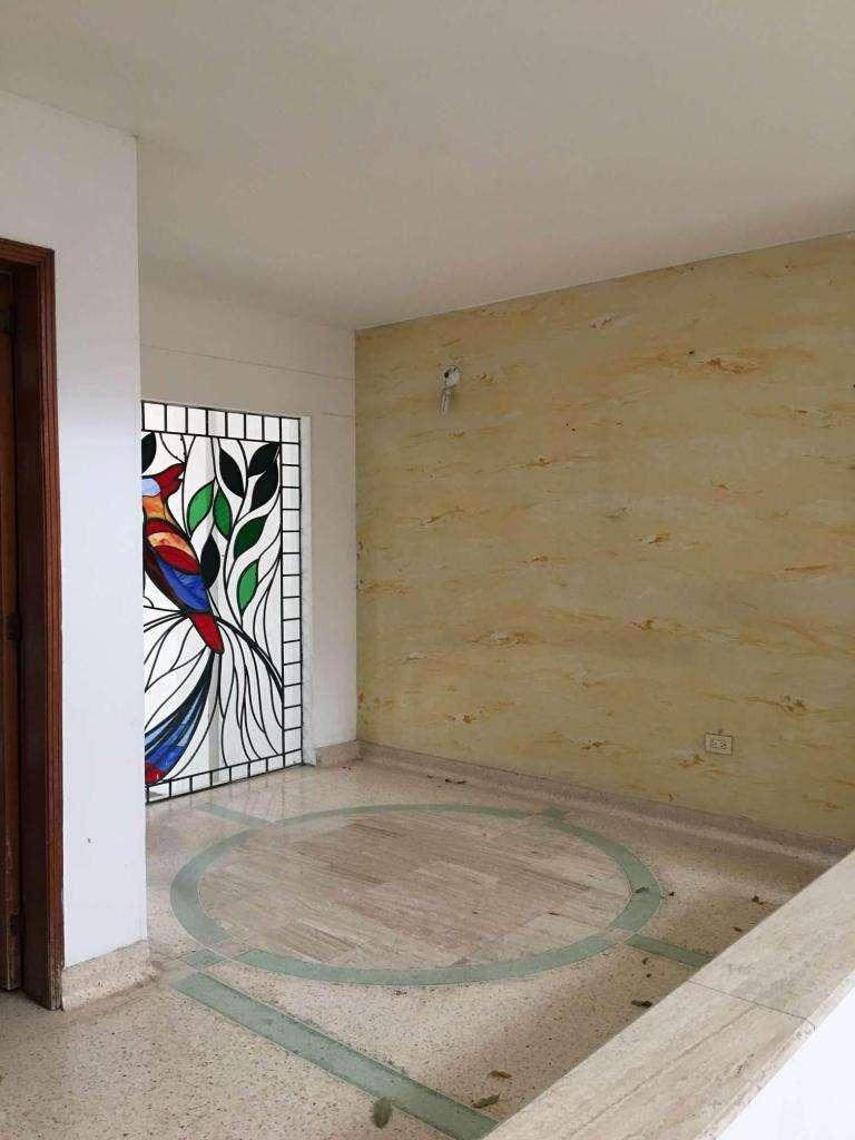 Vendo Casa 10 habitaciones en el Rosal, Cúcuta Cod 1526 0