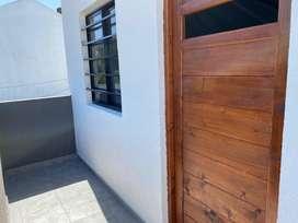 A estrenar depto con cocina separada, primer piso, balcon al frente y lavadero separado, super soleado. Se aceptan auto