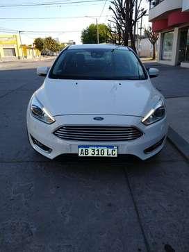 Ford Focus Titanium AT6