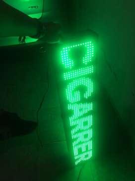 Se vende pasamensajes en led doble cara, 120cm, en buenas condiciones, unicado en Bogota localidad Suba