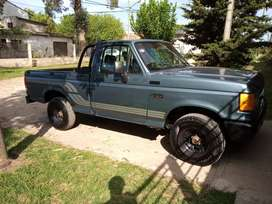 Vendo Ford f100 motor maxi econo nafta GNC caja de 4ta muy buen chata lista para trabajar o pasear