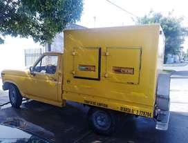 Camioneta con equipo de frío
