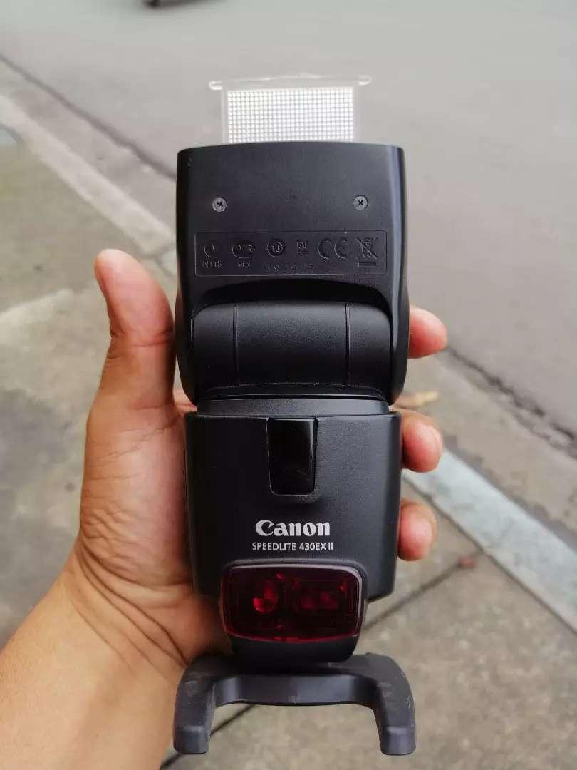Flash profesional CANON (cambio o vendo) 0