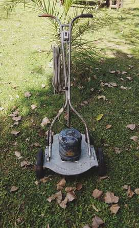 Maquina Corta Pasto 2 hp