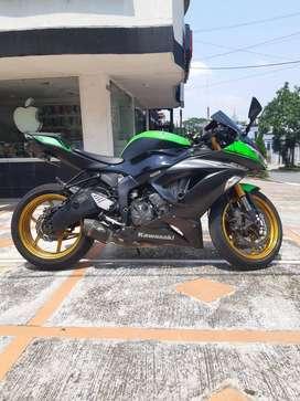 Vendo Moto Kawasaki cilindraje 636  para pista,llantas y accesorios en perfecto estado $15.000.000