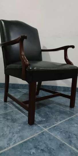 Se venden sillas originales