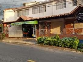 Venpermuto micromercado cedo arriendo local, vivienda acreditado, excelente ubicación San Luis víveres frutas verduras.
