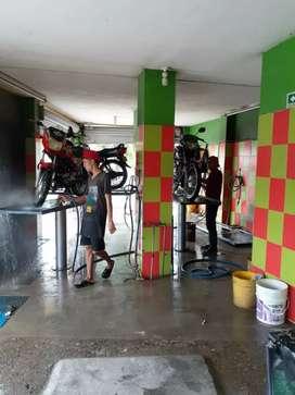 Se necesita urgente lavador de motos con y sin esperiencia
