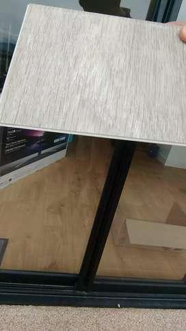 Piso PVC sin uso 25 m2