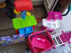 Vendo estos juguetes a un precio razonable ya no  se usan por solo  $$$ 80000