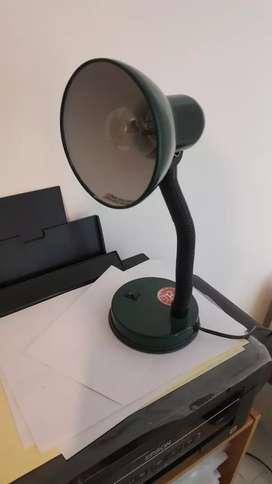 Lámpara para mesa de luz
