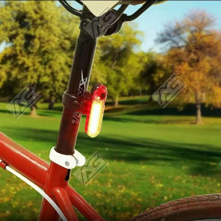 LED USB Bicicleta (50 LÚMENES y 330 mAh) 0
