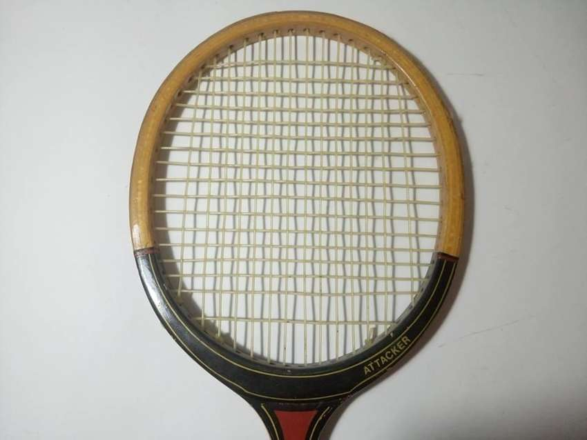 Antigua Raqueta Dunlop Attacker 0