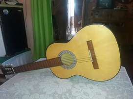 Vendo  una guitarra