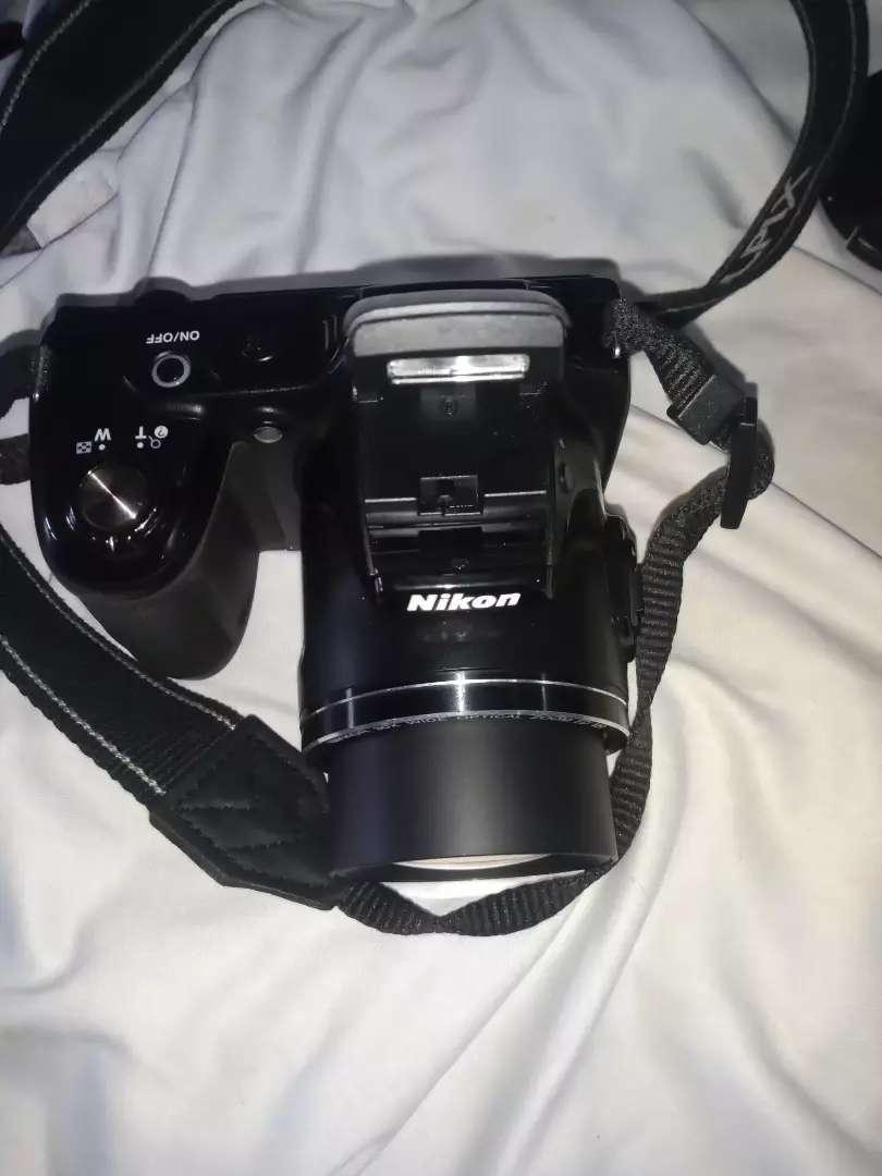 Vendo camara Canon $300 poco uso
