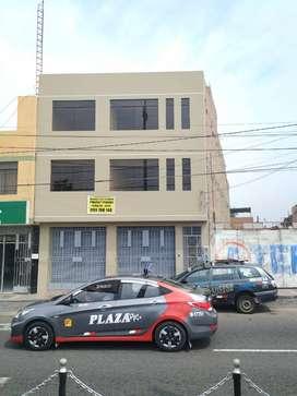 Alquiler Inmueble Comercial en Av. Municipal 200m2 (1er Piso) - Tacna (2do y 3er piso en habilitación para alquiler))