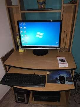 Pc completa con escritorio