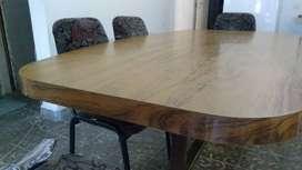 Juego de mesa laminada y 6 sillas