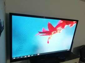 Hermoso TV LG de 52 pulgadas con imagen espectacular