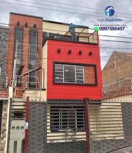 Casa Comercial de 3 departamentos sector Avenida Loja, Cuenca