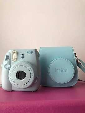 Camara Instantanea Fujifilm Instax Mini8 + Estuche, Poco Uso Azul Celeste