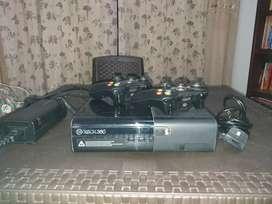 Vendo Xbox 360 Súper Slim