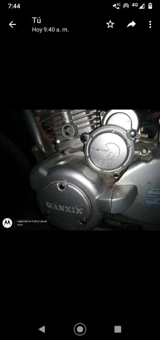 Moto waxin 0