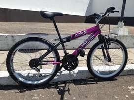Bicicleta Tornado rin 24 como nueva