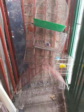 Lote de Jaulas de pájaros 4 chicos y una grande total 5 jaulas
