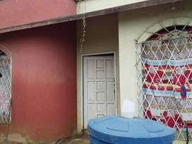 Vendo Villa en la Ciudadela Urseza II en calle Principal donde transita el bus.