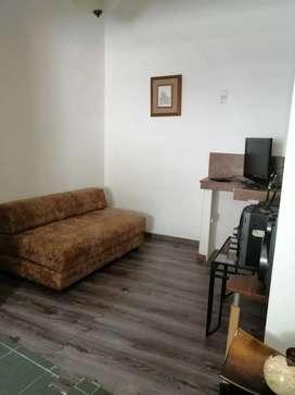 Se Alquila hermosa Suite Amoblada en Urdesa Norte.