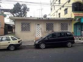 Venta de vivienda en la Urb. Montebello