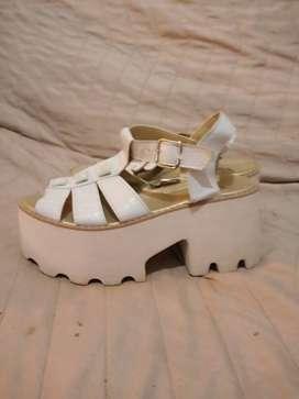 Sandalias blancas T39