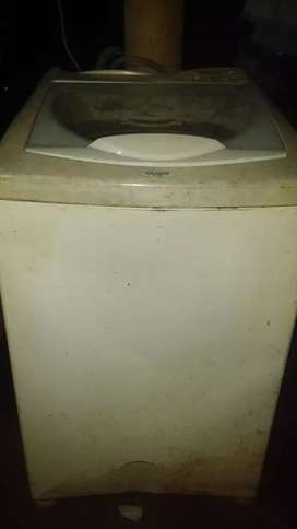 Vendo lava ropa automatico unico de talle no seca muy bien