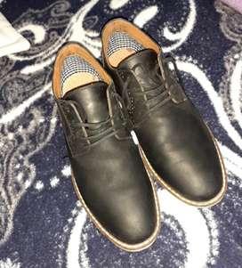 Zapatos semi elegantes