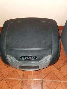 Vendo maletero shad 40 litros