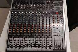 Consola mixer Beringher XENYX X-2442 USB