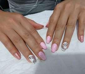 Siempre Diva's Nails Art. Cejas y Uñas Semipermanente, Acrílicas, Esculpidas. Extensión y baño de Acrílico. Y polygel.