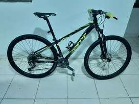 Se vende Bicicleta gw wolf grupo alivio rin 29