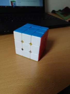 Cubo Rubik 3x3 PROFESIONAL  Moyu Weilong gts V2