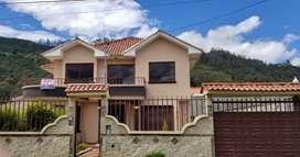 De oportunidad se vende una amplia casa en el centro de Paccha