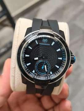 Reloj technomarine uf 6 suizo