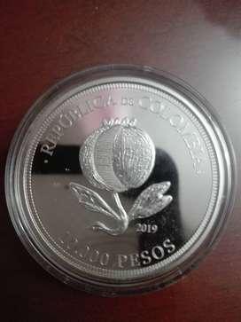 Moneda bicentenario de 10000